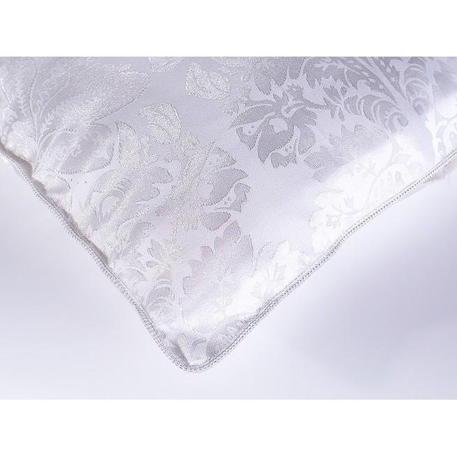 Одеяло Королевский шелк легкое 200х220 Nature's