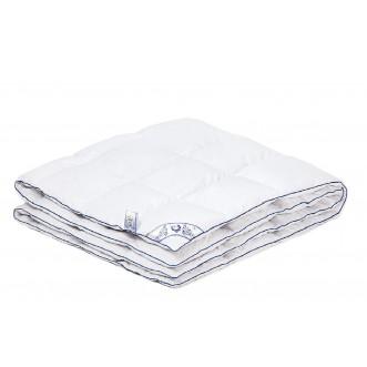 Одеяло пуховое легкое Шарм 1,5-спальное 140х205 СВС